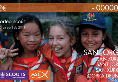 Mesa informativa de Scouts de Madrid – MSC en Plaza de Felipe II